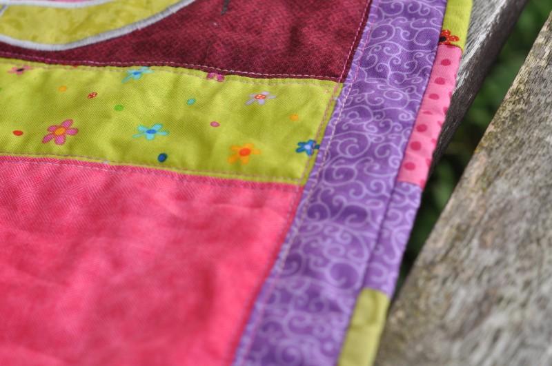 Tischläufer-Hase-Detail-Quilting