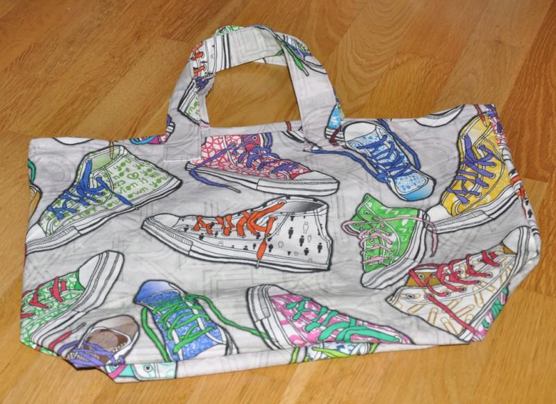 Tasche-Turnschuhe